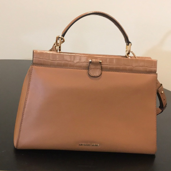 a99eb59d7113 MICHAEL Michael Kors Bags | Michael Kors Gramercy Frame Leather ...